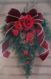 11・クリスマスのドアスワッグ プリザーブドG +1000円